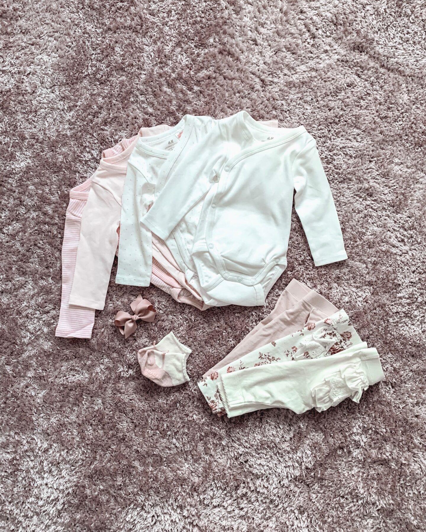 Hur mycket kläder behöver en bebis?